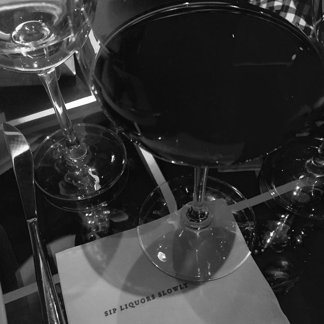#authorwine #merricatmulwray #femalewriters #fridaynight #wine